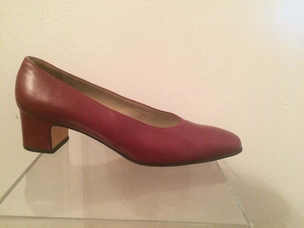 FERRAGAMO Classic Maroon (Brown Red) Pumps - - - 8.5 B 6280b8