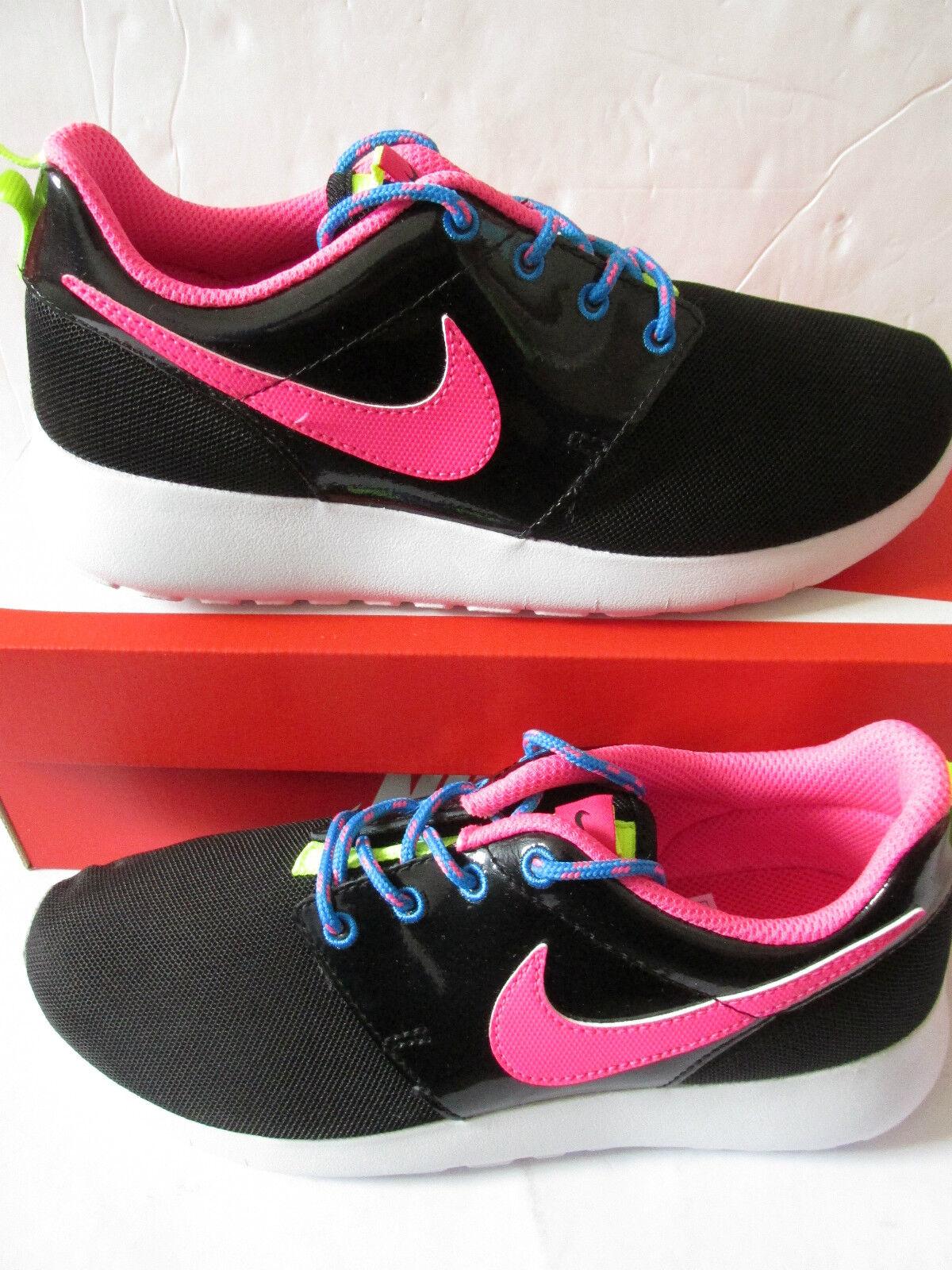 Nike Roshe uno (gs) formadores 599729 011 Zapatillas Zapatos