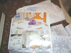 Vervaco Tablecloth Hedgehog /& Mushrooms Cross Stitch Kit