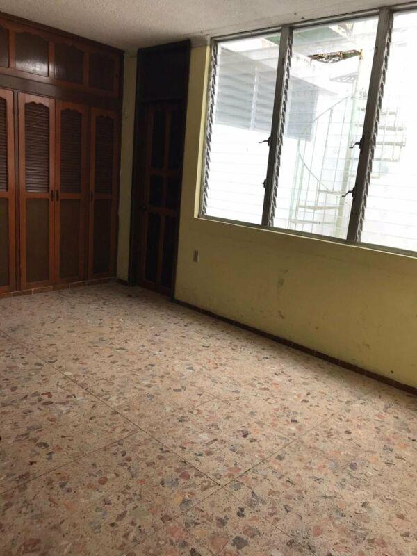 RENTO O VENDO OFICINA O LOCAL CENTRICO DE 225 M2