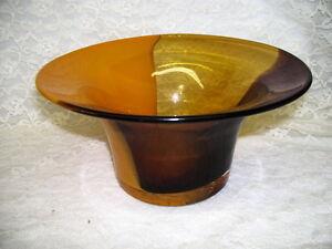 ORANGE AND AMETHYST SWIRLS LARGE VINTAGE GLASS TELEFLORA VASE