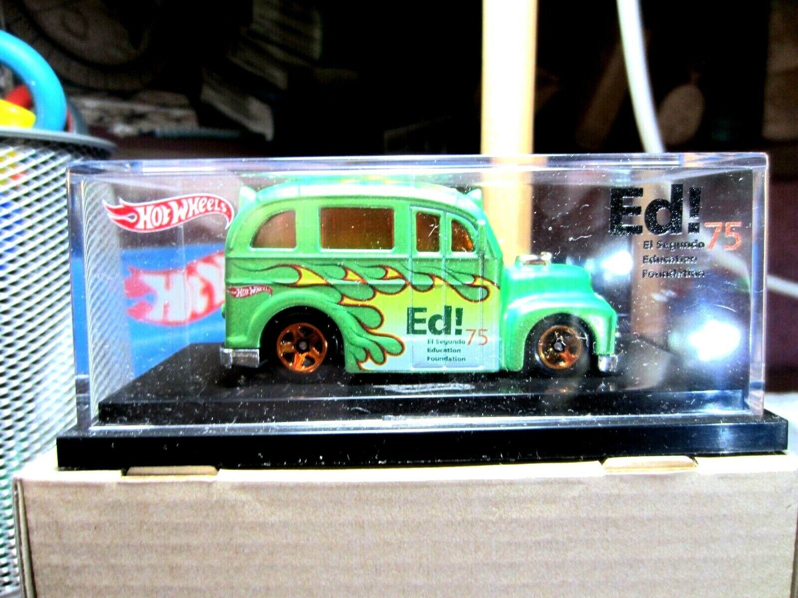 FANTASTIC HOTWHEELS....EL SEGUNDO EDUCATION SCHOOL BUS PROMO