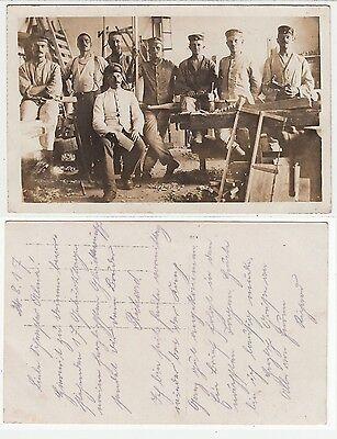 1. Weltkrieg,Soldaten als Schreiner, German soldiers as carpenter RPPC Foto 1917