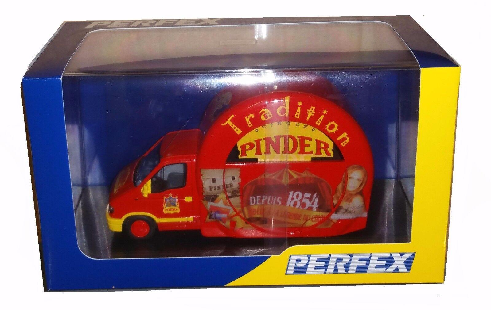 Miniature de Collection RENAULT MASTER CIRQUE PINDER Tradition 1 43