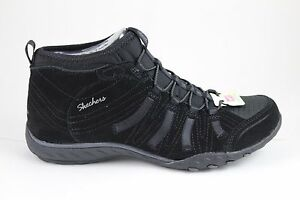 Skechers Women's Breathe Easy-ESTABLISHED 23022/BLK Black New In Box
