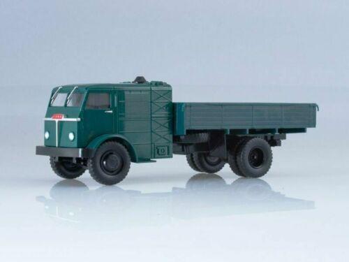 Maquette de camion modèle 1:43 NAMI-012 vert foncé
