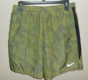 Nike-Dry-Black-Yellow-Striped-Mens-Large-Swim-Trunks-New-Bathing-Suit