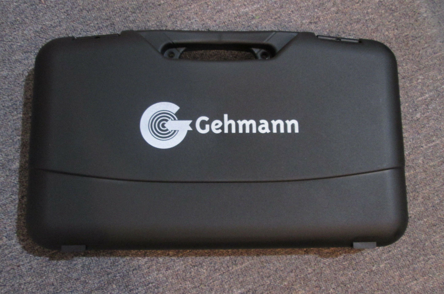 Gehmann  987 Plastic carrying case
