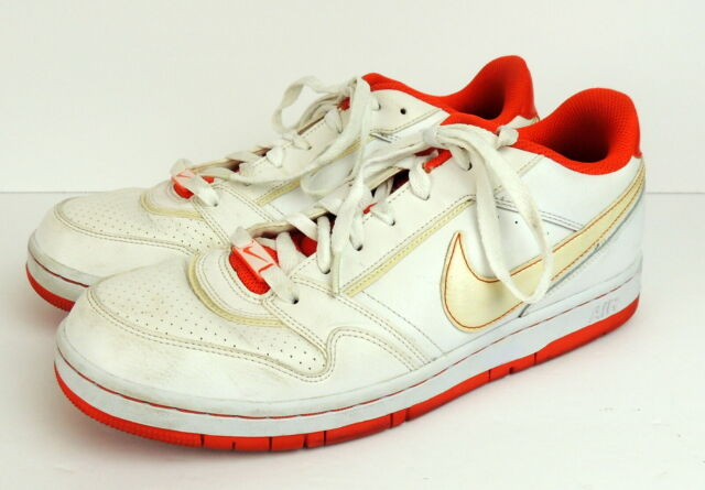 Nike Air Prestige III Athletic Shoes