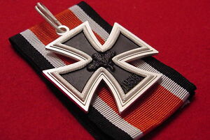 Details about GERMAN MEDAL - KNIGHTS CROSS OF THE IRON CROSS 1957  BUNDESREPUBLIK PATTERN