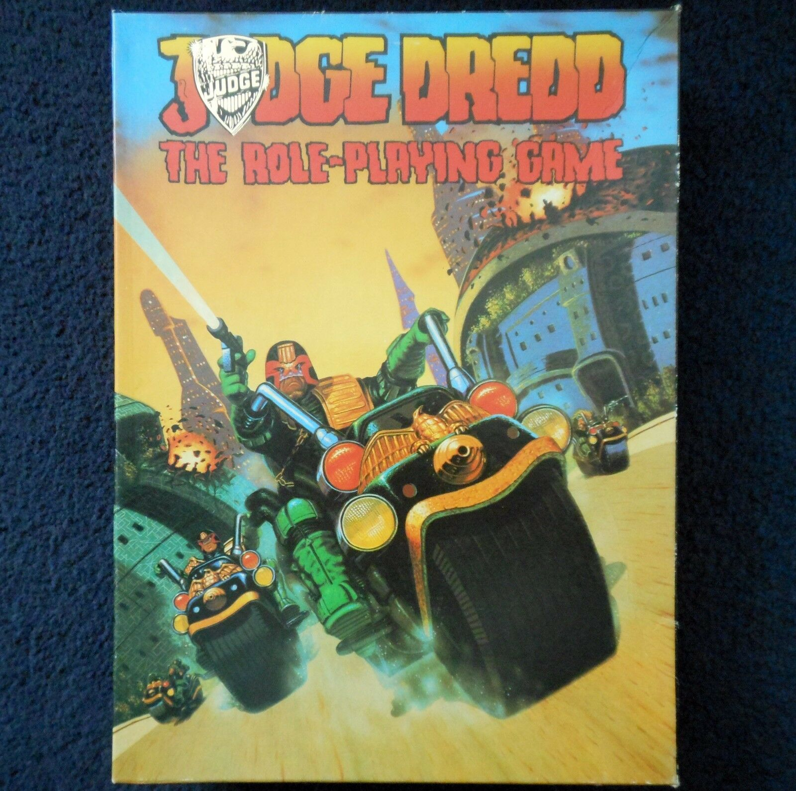 1985 juego de juego de rol Judge Drojod la games workshop 2000 ad Sci Fi RPG libro GW