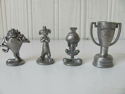 "MARVIN THE MARTAIN PEWTER FIGURE 1 1//2/"" TALL  FREE SHIPPING IN USA"