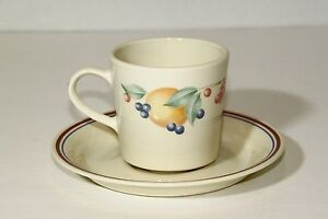 Corelle-Abundance-Cup-Mug-Saucer-2-piece-set-Coffee-Tea-Fruit-Peach-Berries