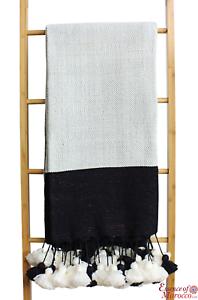 Manta Cobertor de Marruecos Pompón blancoo y Negro de Lana Pura 270 cm X 152 cm 106x60''