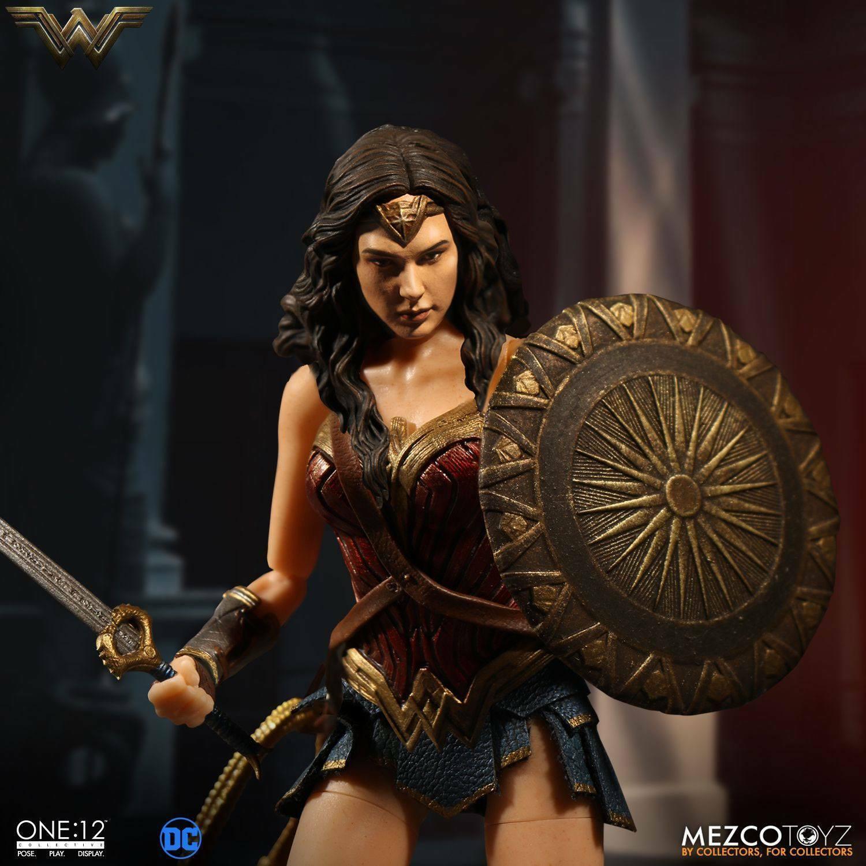 The ONE ONE ONE 12 COLECTIVA  DC COMICS – WONDER Mujer 1 12 Figura De Acción MEZCO  más descuento
