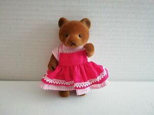 Simba-Baerenwald-Baer-Frau-rosa-weiss-gestreift-Kleid-rot-Schuerze-11-cm