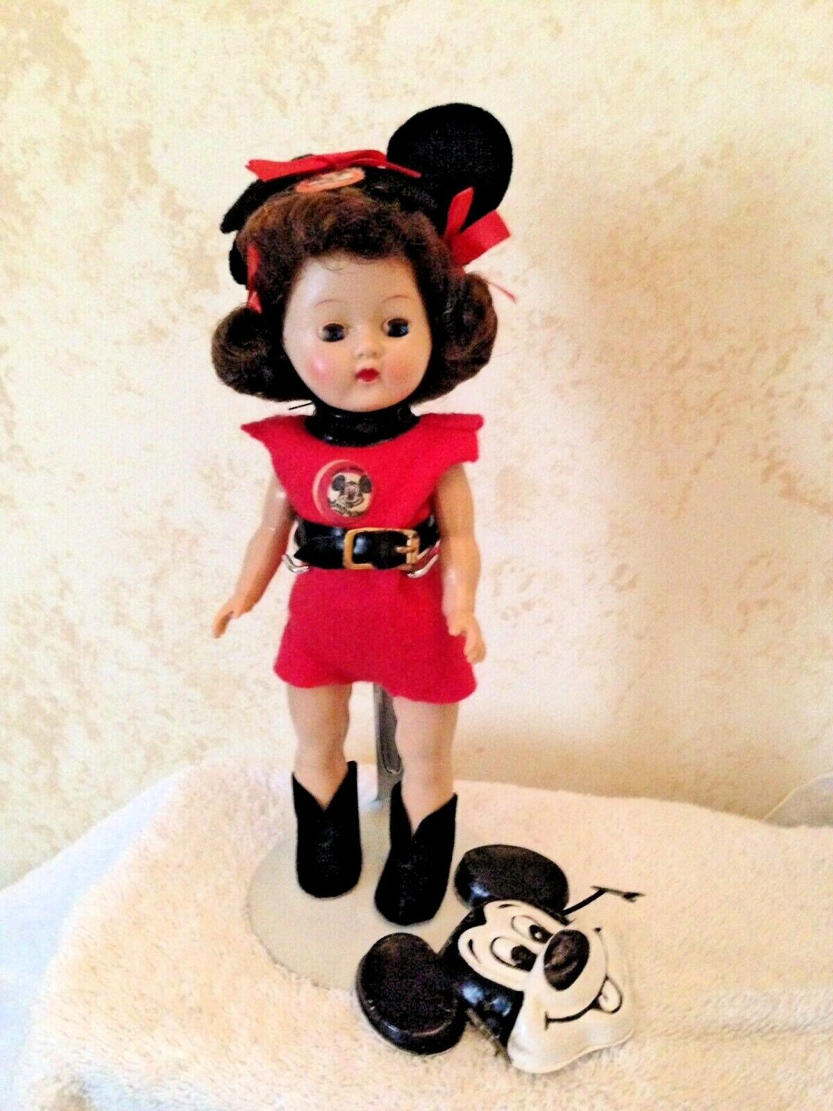 1955 Cosmopolitan Mickey Mouse Club Mouseketeer Ginger  W  Mask  NM Condition