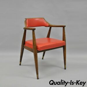 Jasper-Chair-Co-Mid-Century-Modern-Oak-Wood-Red-Vinyl-Desk-Arm-Chair-Sculptural