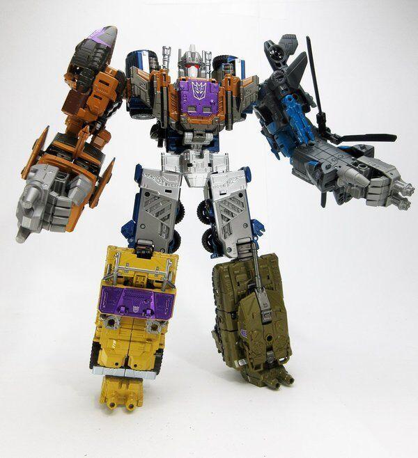 Takara Transformers Unite Warriors UW-07 Combaticons Combiner Combiner Combiner Bruticus MISB 7f125d