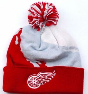 eed56a07cae Detroit Red Wings Mitchell   Ness NHL Splash Team Pom Knit Hockey ...