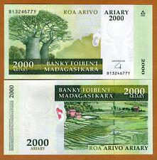 Madagascar, 2000 Ariary, 2009, P-90b, UNC