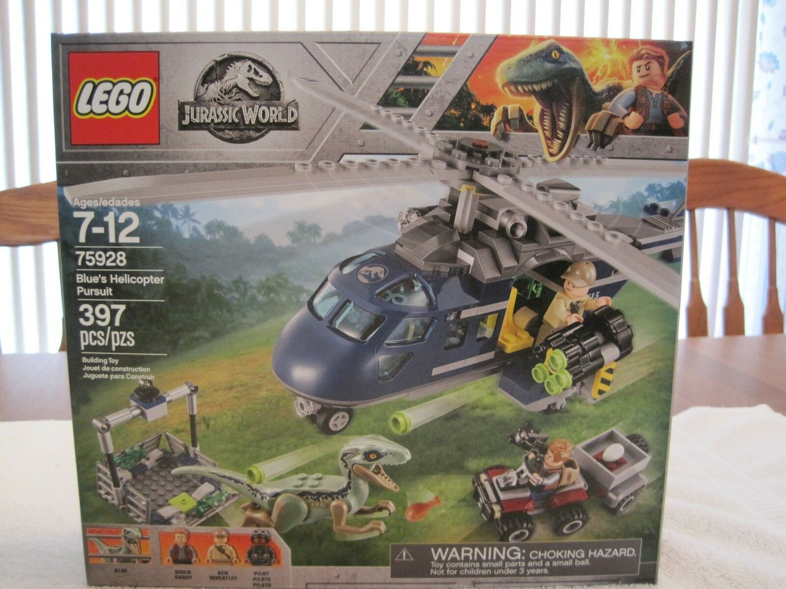 LEGO 75928 JURASSIC WORLD blueE'S HELICOPTER PURSUIT--NEW--FACTORY SEALED