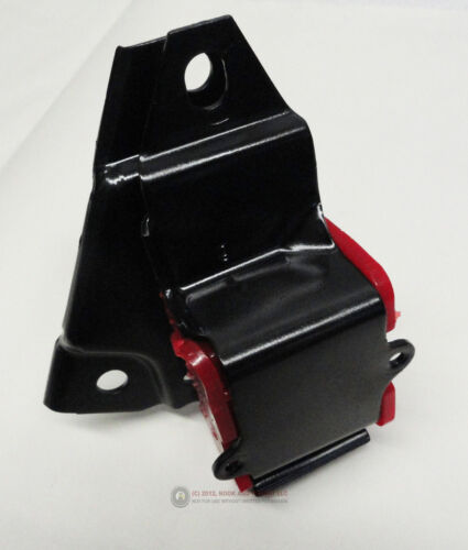98-02 LS1 4L60E Camaro Firebird Torque Arm Bracket w// Polyurethane Bushing RED