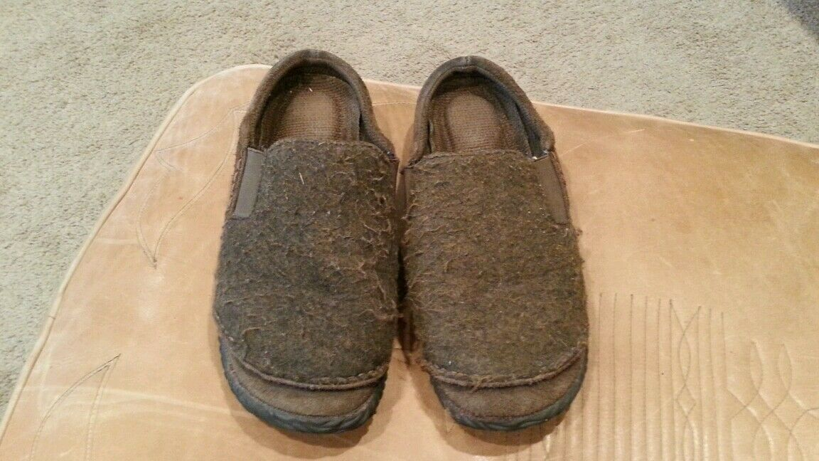 Acorn womens greenish brownish slip on slipper shoes size 10