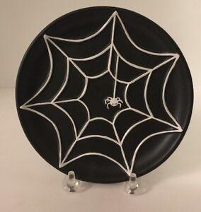 PartyLite-Halloween-Witch-039-s-Brim-Spider-Web-Black-Pillar-Candle-Holder-P8974
