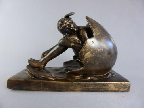 FEMME DANS OEUF BAIGNEUSE STYLE ART DECO 1930 BATHING BEAUTY CERAMIQUE PORCELAIN
