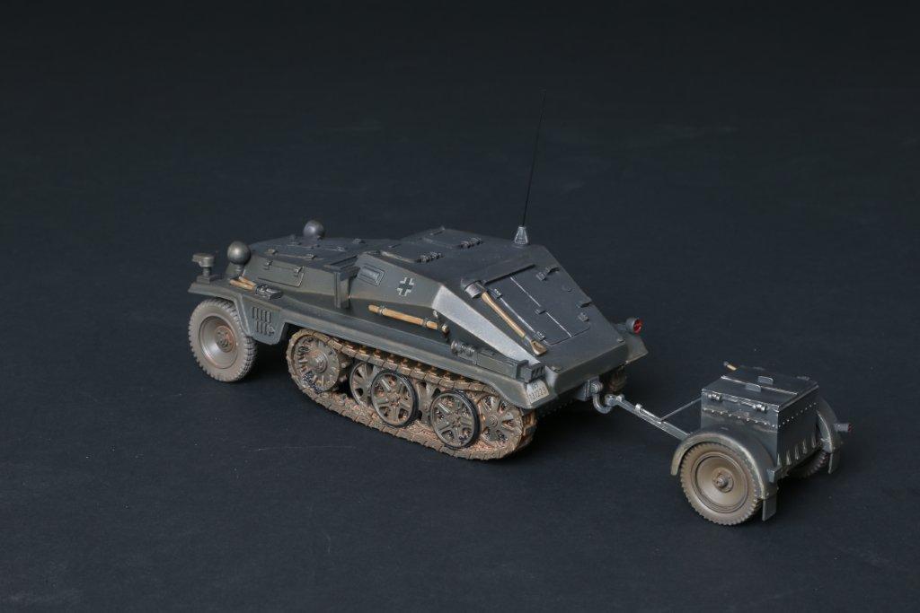 THOMAS GUNN WH001C - SdKfz 252 Tractor Unit Grey WW2