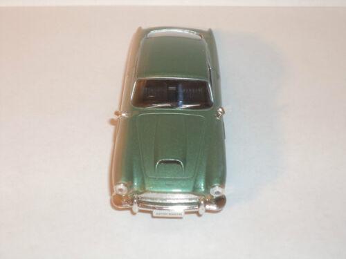 Sammlung Modellauto ASTON MARTIN DB4 COUPE von DeAgostini 1:43 # 3