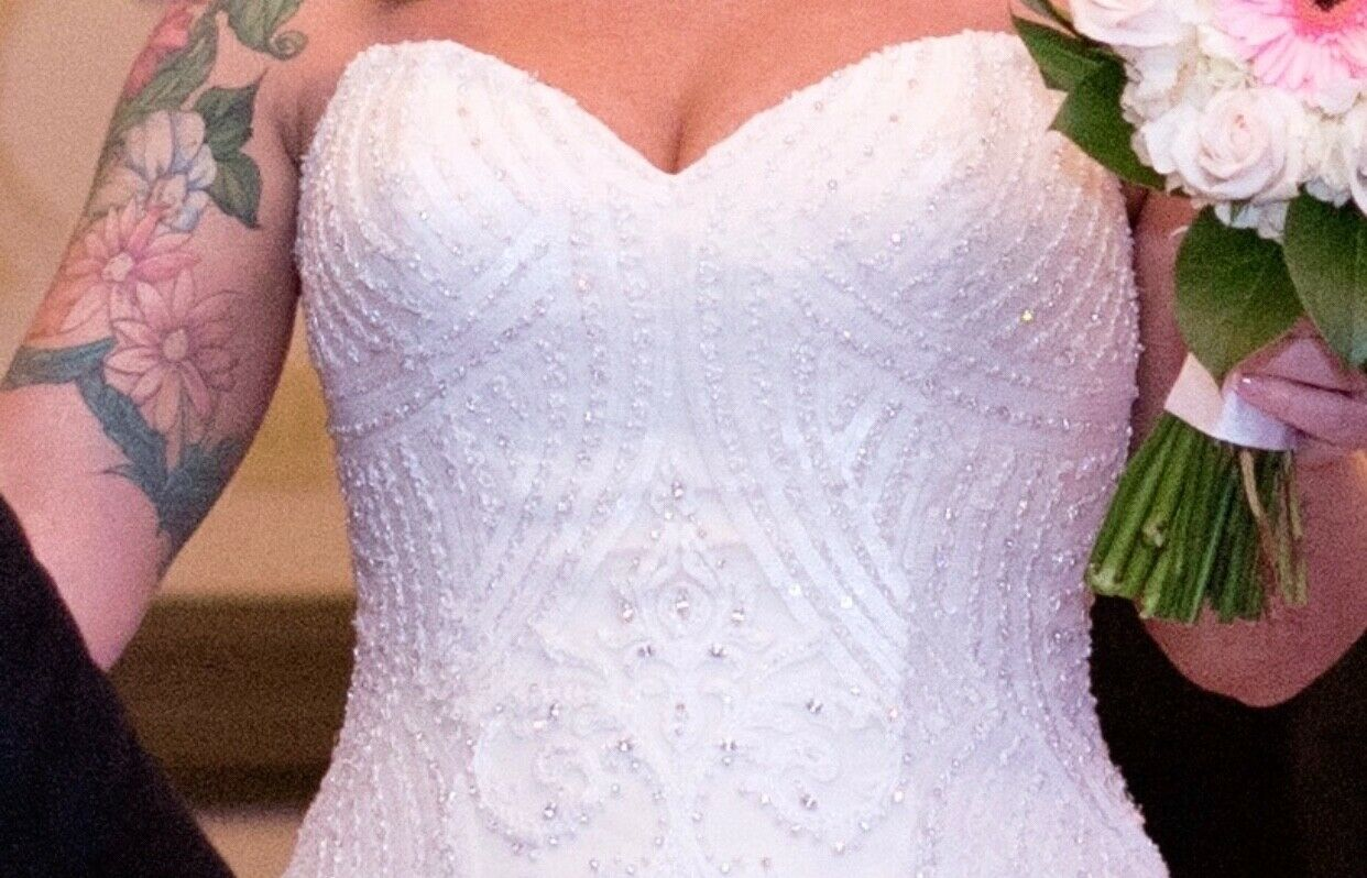 """Kitty Chen Couture """"Alvina"""" Wedding Gown  - image 5"""