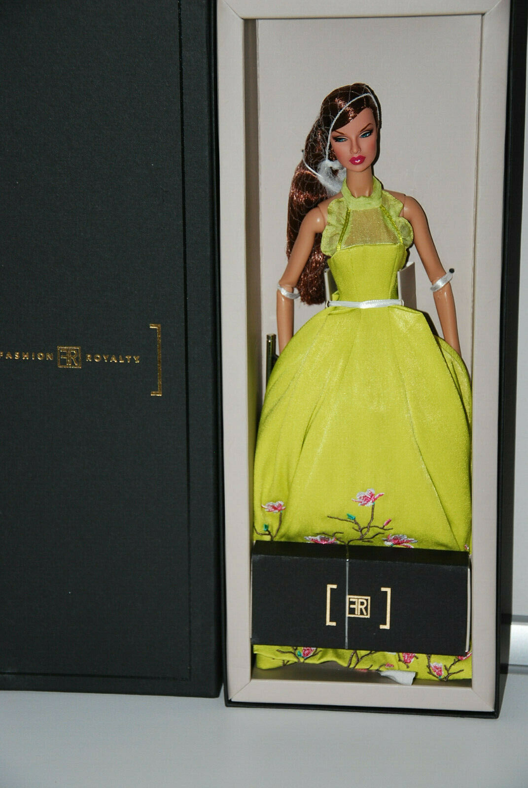FASHION ROYALTY RUFFLES AND BLOOMS EUGENIA PERRIN-FROST DRESSED DOLL, 91399 NRFB