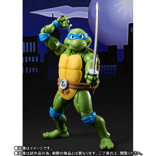 S.H Figuarts TMNT Ninja Turtles Leonardo figure Bandai Tamashii web exclusive