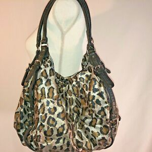 Animal-Print-Purse-Bag-Carry-All-Zip-Closure-Black-and-Silver-Unbranded