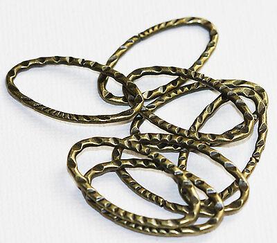10 pcs of Antiqued Copper hammered oval link 12x22mm