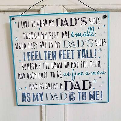 Me encanta usar zapatos de mi papá aunque mis pies son pequeños Padres Día Letrero De Metal