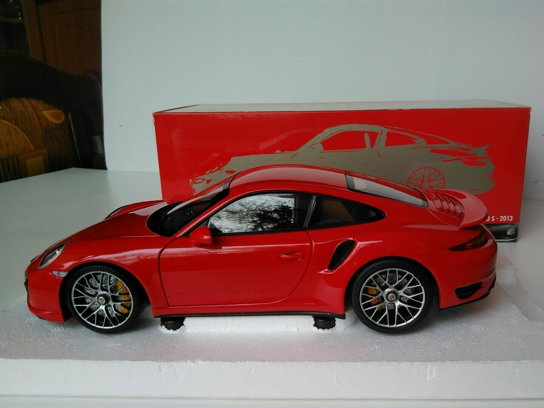 PORSCHE 911 TURBO S 2013 MINICHAMPS 1 18