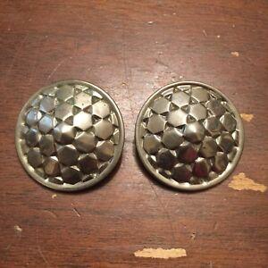 Vintage-Large-Silvertone-Cubist-Design-Disc-Clip-On-Earrings