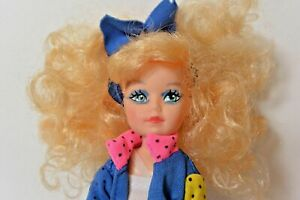 Vintage-CREATA-Doll-1985-Blonde-Curly-BIG-Hair-6-5-inches-tall