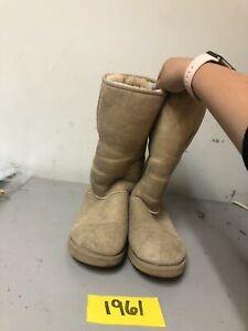 UGG 5815 Classic Tall Boots Women's size 7