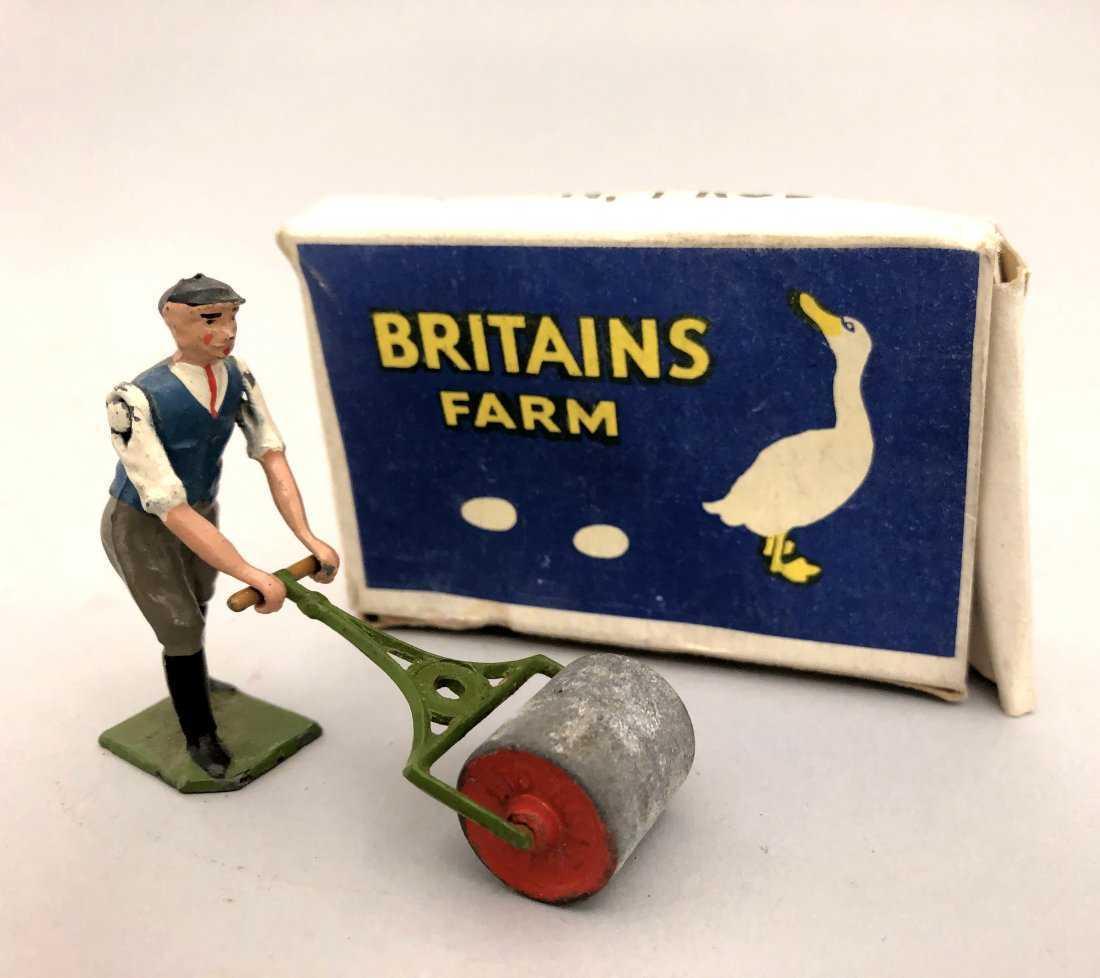 Britains Farm Set 5032 Vintage Lead Figures