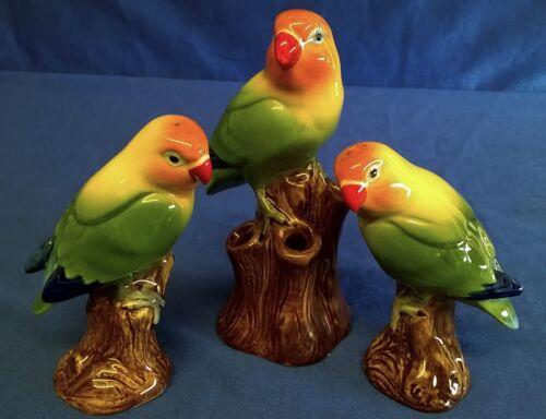 QUAIL CERAMIC ORANGE HEADED LOVE BIRD BUD VASE AND SALT /& PEPPER GIFT SET