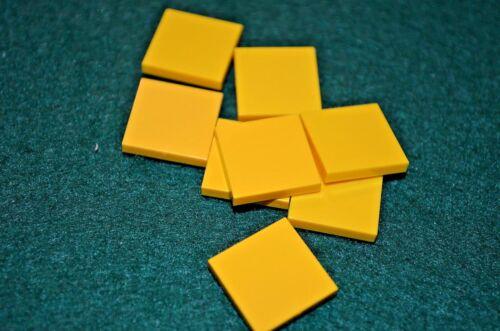 8 YELLOW 2X2 Smooth Finishing Tile Brick Bricks  ~ Lego  ~ NEW