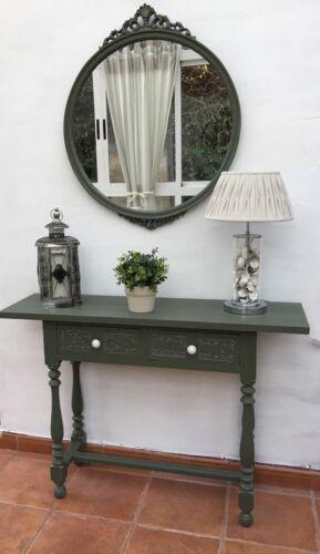 Mesa auxiliar con espejo