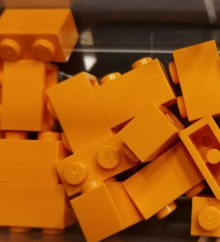 LEGO 16 Orange Bricks 1 x 2