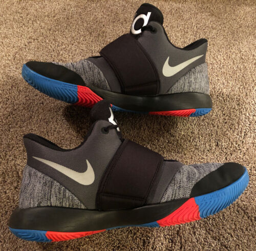 Nike ( Kevin Durant ) Size 12 B-Ball Shoes RARE( N