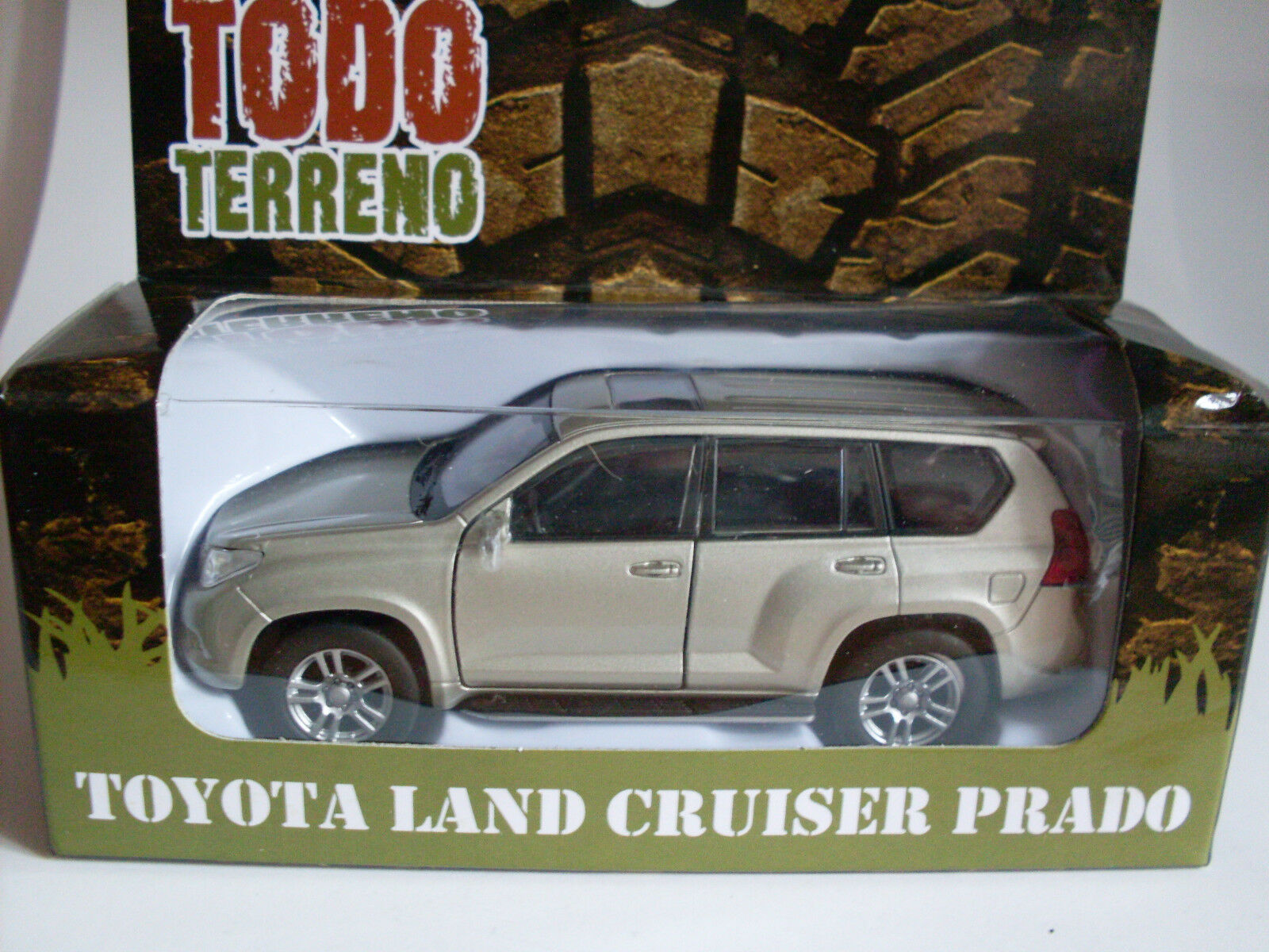 Toyota Landcruiser Prade Maisto Auto Modelo 1 46