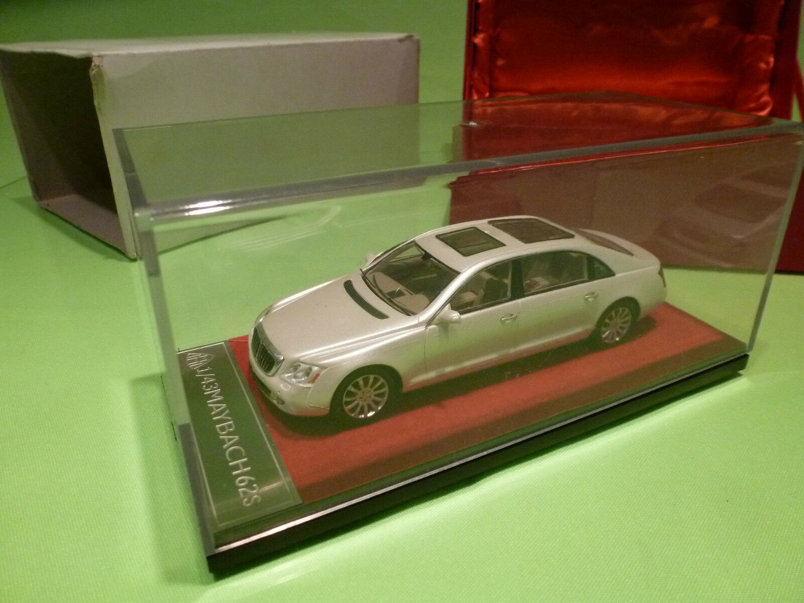 CMR PRECISION MODELS  1 43 MAYBACH 62S 62S 62S - SMALL CAR   - GOOD CONDITION IN BOX c77bac